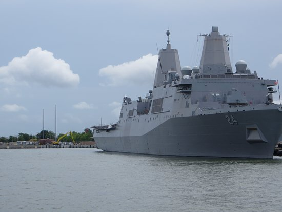 2-Hour Victory Rover Naval Cruise: Navy ship
