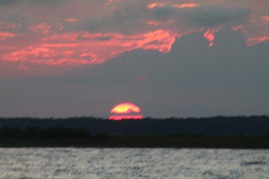 West Creek, NJ: Sunset Cruises