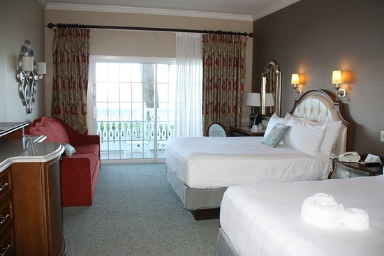 Disney's Grand Floridian Resort & Spa: Theme Park View Queen Room