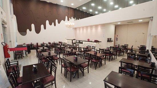 Doceria Alexandrina: Interior da loja