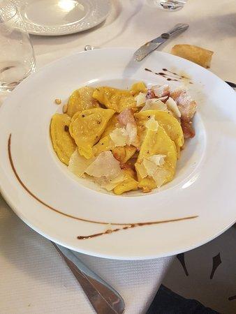 Monterchi, إيطاليا: 20180513_125024_large.jpg
