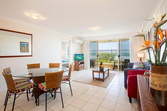 Tugun, Австралия: beach front apartment