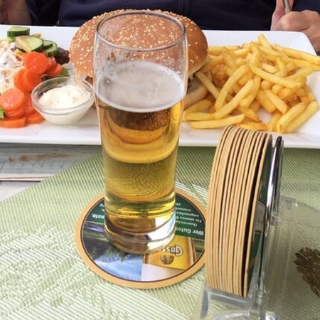 Manis Café Bar Restaurant Kirchbach
