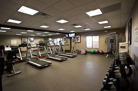Urbandale, IA: Health club