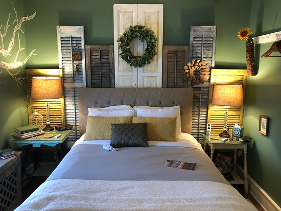 Palmyra, Pennsylvanie : Appealing bedroom, local B-and-B, central PA farm theme throughout, very appealing.