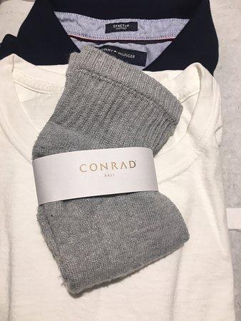 Conrad Bali: Free laundry