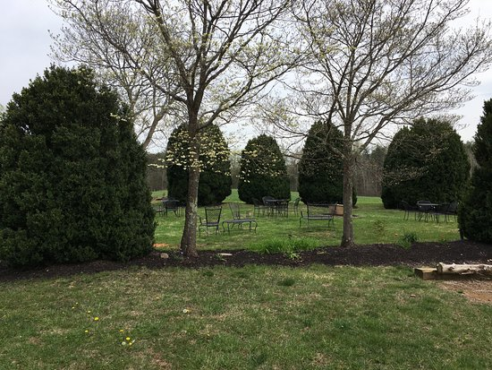 Stanardsville, VA: picnic area