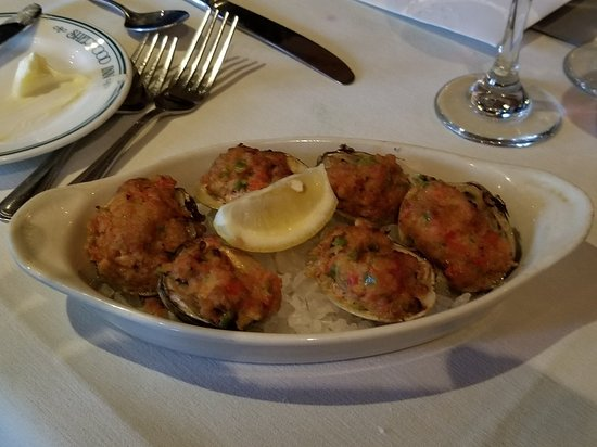 Skaneateles, NY: Clams casino