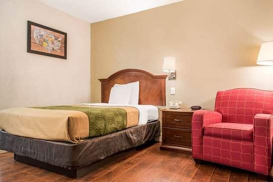 Holland, OH: Guest room