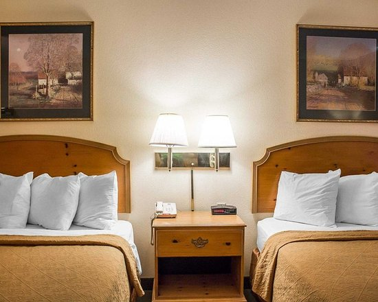Bellville, OH : Guest room