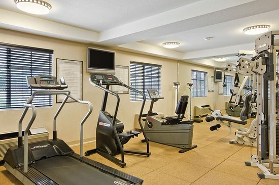 Holiday Inn Express San Diego - Escondido: Health club