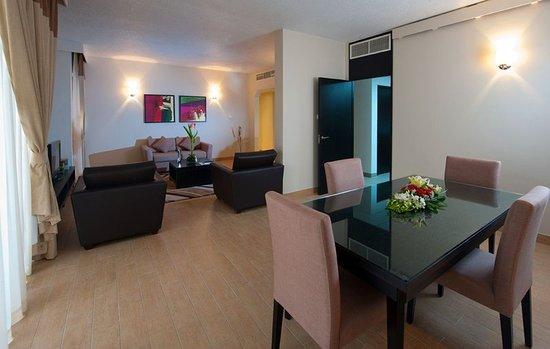 ذا أبارتمنتس - مركز دبي التجاري العالمي للشقق الفندقية: Guest room