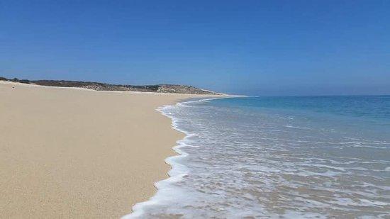 فيلا ديل فارو: Miles of deserted beach