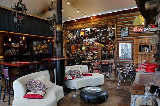 Naked Racer Bar Cafe: Interior Naked Racer 3