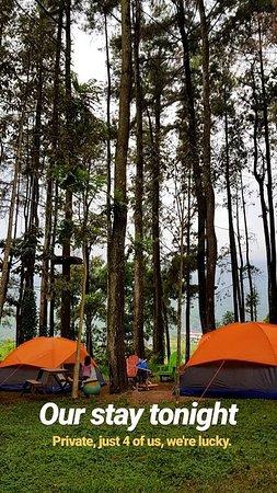 Tretes Treetop Adventure Park: Star Camp (penginapan tenda) Di Tretes Treetop.