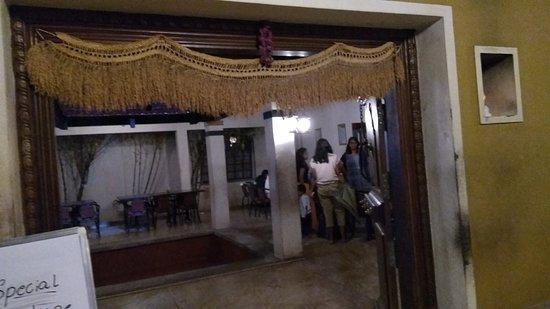 Vaishali: Entrance