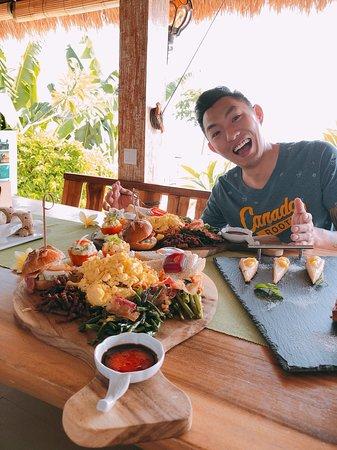 Teluknarat, Indonesien: 早餐都很豐盛,吃得很飽