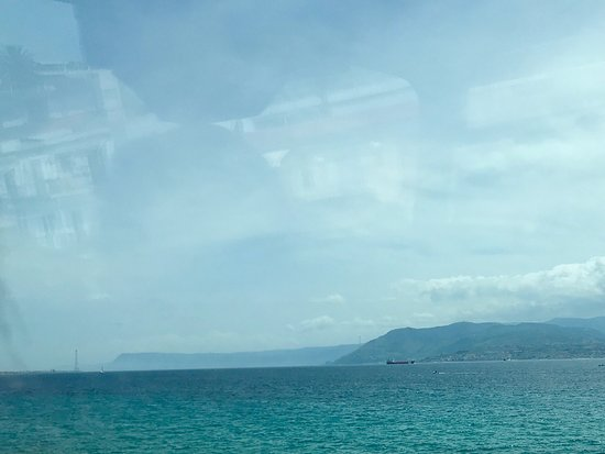 City Sightseeing Messina: Coast view