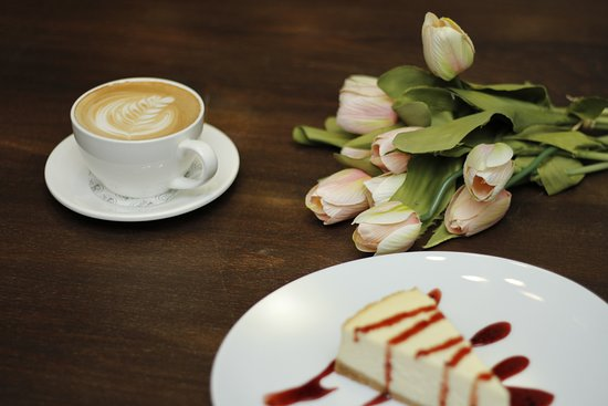 Piatto: coffee and cheese cake
