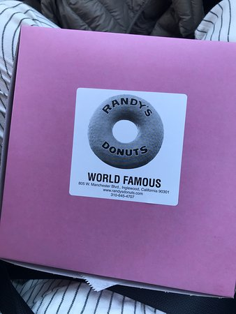 Randy's Donuts: Yum!