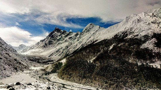 Sankri, Indien: Har-Ki-Dun Jaundhar glacier trek #goclimbup