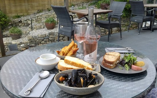 Mount Haven Hotel & Restaurant : Light lunch on the Sun Terrace on arrival...
