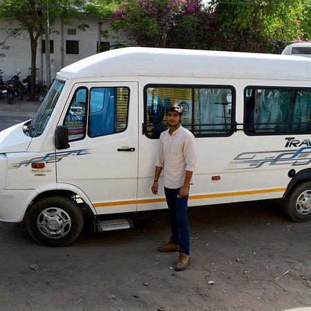 Jaipur Tempo Traveller