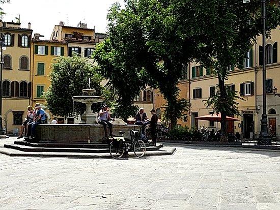 Force, Italia: Piazza Di Santo Spirito Fierenze