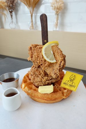 Uncle Tigger's: Chicken and Waffles