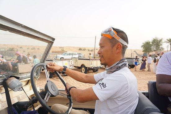 Dubai Heritage Land Rover Desert Safari with Traditional Dinner & Entertainment: Ben