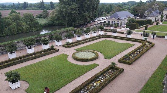 Rigny-Usse, France: Détail des jardins