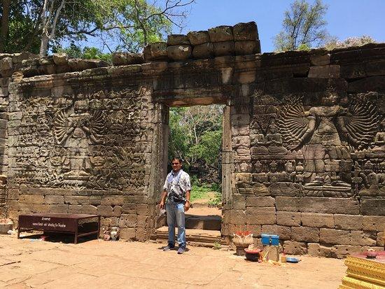 Angkor Guide Sopanha Private Tours: Banteay Chhmar