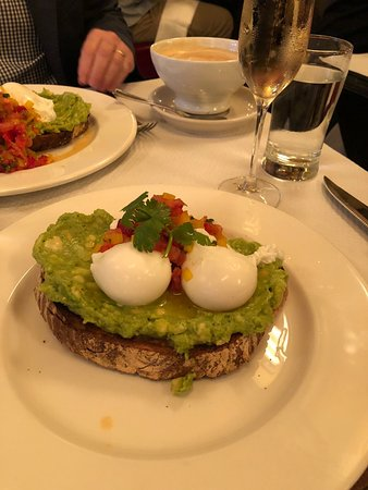 Balthazar: Perfect poached eggs