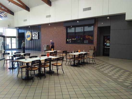 "Silverdale, WA: The ""outside"" seating is actually inside Kitsap Mall."