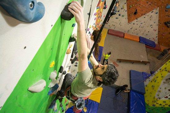 iClimb indoor Climbing Wall