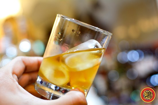 Hong Buffet: We have a large selection of drinks available