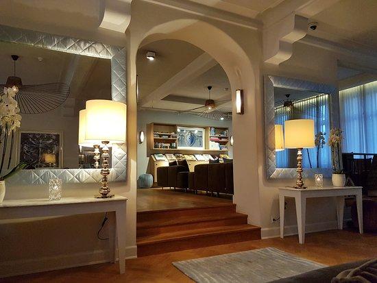 Skodsborg, الدنمارك: Restaurant 'The Lobby'