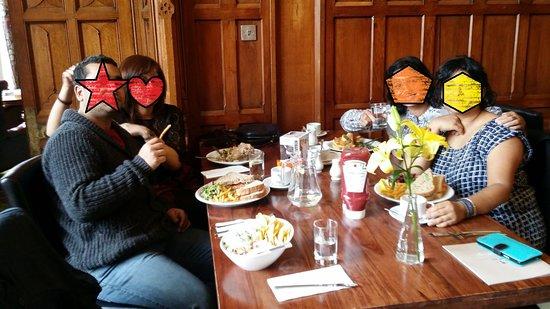 Kelham, UK: lunch