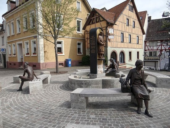 Tauberbischofsheim, ألمانيا: castle square