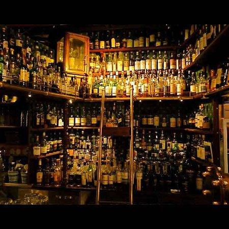 Akkurat Restaurant And Bar