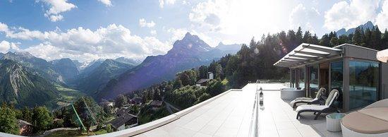 Braunwald, Ελβετία: Aussicht von der Penthouse Familien-Suite «1001 Nacht»