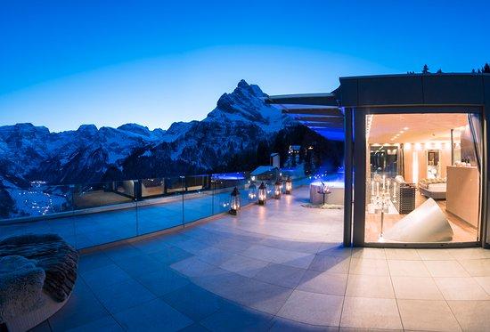 Maerchenhotel Bellevue: Aussicht von der Penthouse Familien-Suite «1001 Nacht»