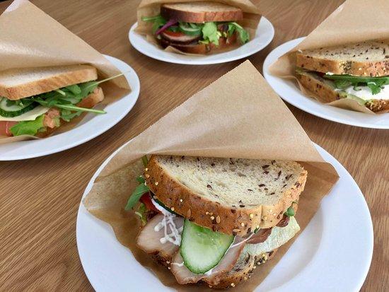 Spiikiizi Café: Fresh sandwiches every day!