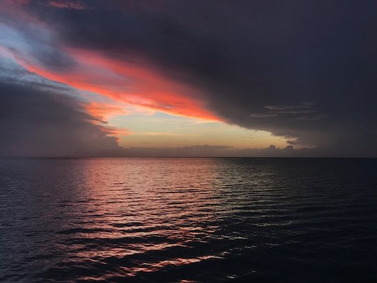 Presidente Inter-Continental Cozumel Resort & Spa: PRobably the best sunset I've ever seen!