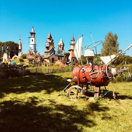 Lizio, França: le parc vue d'ensemble