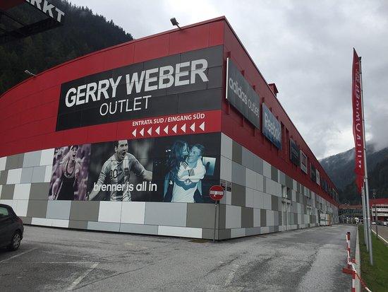 Brennero, إيطاليا: Aussenansicht