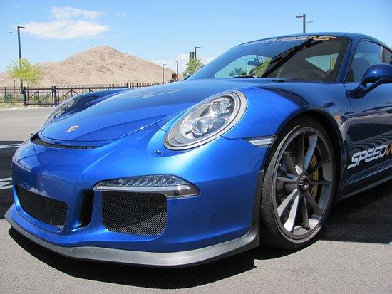 一級方程式賽道的拉斯維加斯異域超級跑車銀色駕駛體驗照片