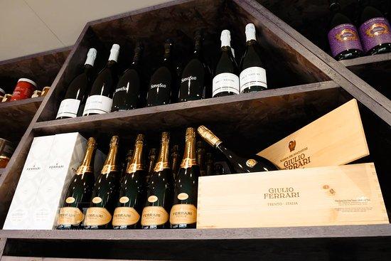 Cordenons, Italia: i nostri vini...