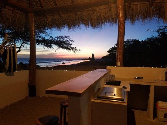 Las Salinas, Nikaragua: sunset bar