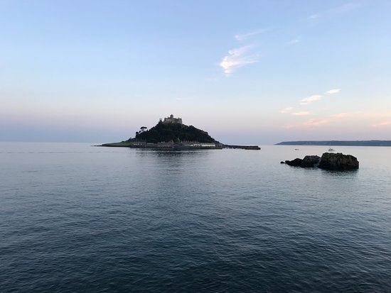 Mount Haven Hotel & Restaurant : View to St. Michael's Mount from Mount Haven